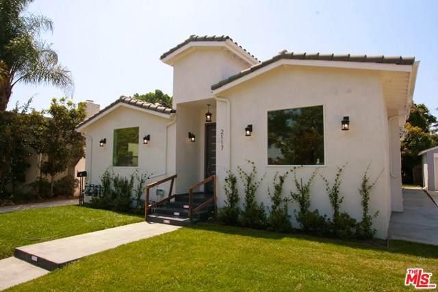 2117 Kelton Avenue, Los Angeles (City), CA 90025 (#20602874) :: Team Tami