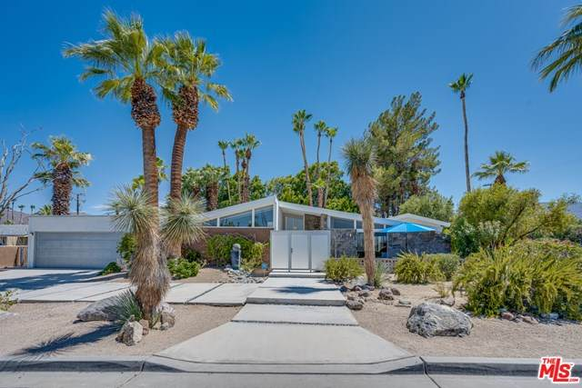 73265 Tamarisk Street, Palm Desert, CA 92260 (#20603980) :: The Najar Group