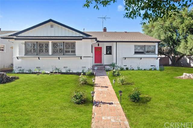 19527 Victory Boulevard, Reseda, CA 91335 (#SR20140026) :: Frank Kenny Real Estate Team