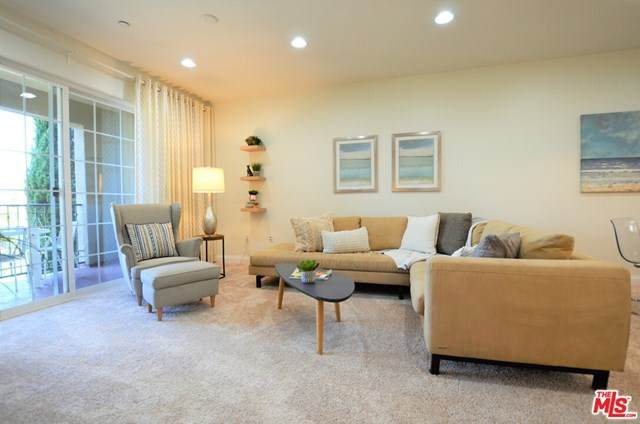 12975 Agustin Place #220, Playa Vista, CA 90094 (#20605114) :: Team Tami