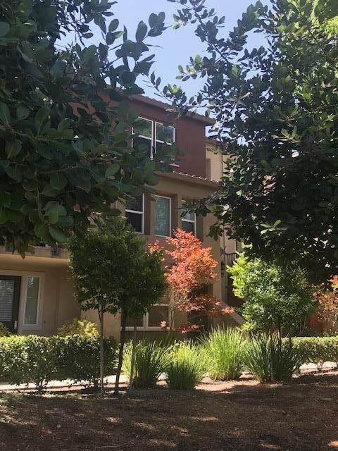 974 Crestline Terrace - Photo 1