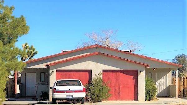 6347 Linda Lee Drive, Yucca Valley, CA 92284 (#IV20140074) :: Sperry Residential Group