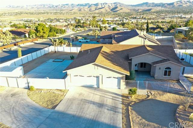 57475 Airway Court, Yucca Valley, CA 92284 (#JT20141714) :: The Costantino Group | Cal American Homes and Realty