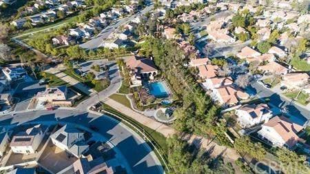 10357 Meadow Lark Avenue, Moreno Valley, CA 92557 (#IV20141986) :: Team Tami