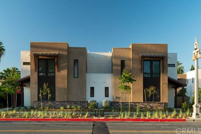 4035 Mission Inn Avenue, Riverside, CA 92501 (#SW20146375) :: The DeBonis Team