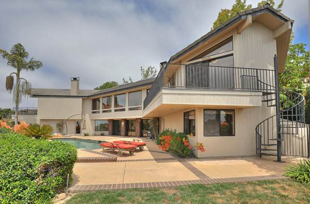 6037 Cobblestone Drive, Ventura, CA 93003 (#V0-220007782) :: eXp Realty of California Inc.