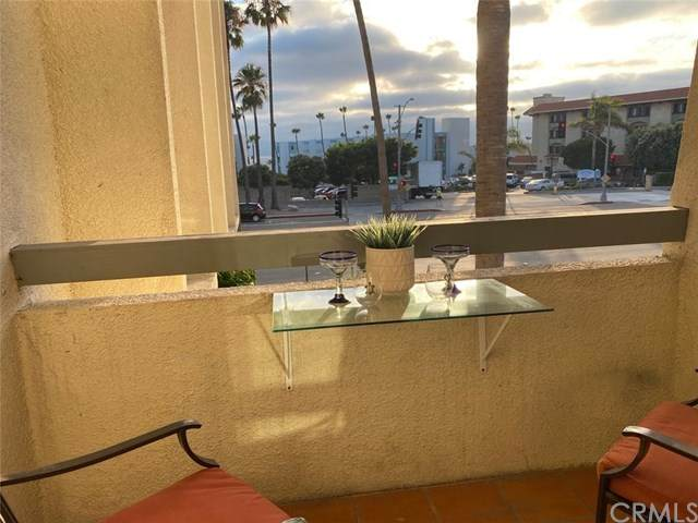 200 S Catalina Avenue #104, Redondo Beach, CA 90277 (#SB20145542) :: Sperry Residential Group