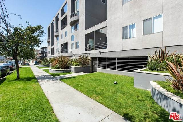 1617 S Beverly Glen Boulevard #402, Los Angeles (City), CA 90024 (#20607338) :: Compass