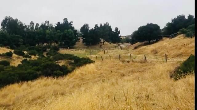 51230 Oak Hills Road - Photo 1