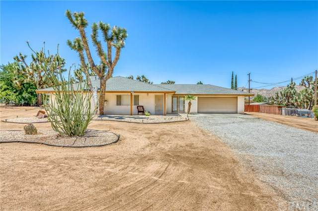 7542 Cherokee, Yucca Valley, CA 92284 (#JT20148024) :: Allison James Estates and Homes