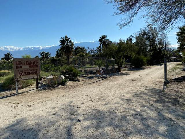 17505 Long Canyon Road, Desert Hot Springs, CA 92241 (#219046619PS) :: The Miller Group