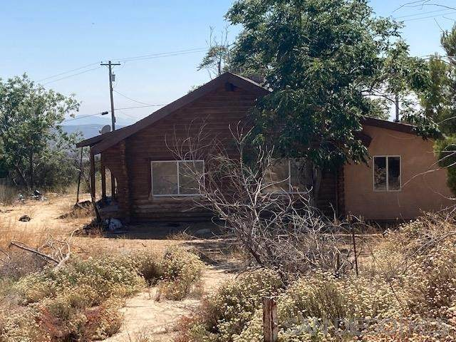 38201 Red Shank Ln, Boulevard, CA 91905 (#200035214) :: The Results Group