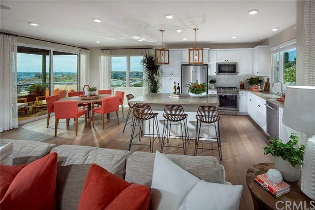 2932 Via Alta Place #49, San Diego, CA 92108 (#OC20148398) :: The Costantino Group | Cal American Homes and Realty