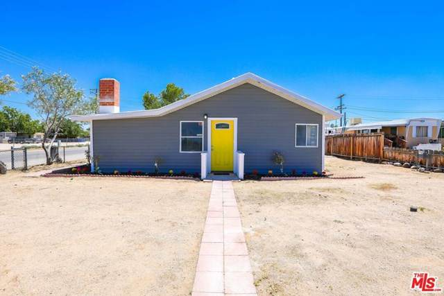 301 W Reeves Avenue, Ridgecrest, CA 93555 (#20609432) :: The Costantino Group | Cal American Homes and Realty