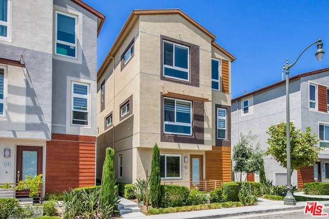 2581 Arvia Street #10, Los Angeles (City), CA 90065 (MLS #20609746) :: Desert Area Homes For Sale