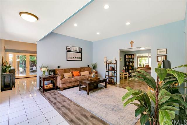14452 Grassmere Lane, Tustin, CA 92780 (#PW20148663) :: Sperry Residential Group