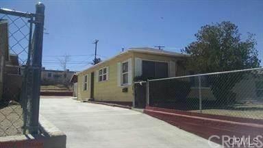 570 W Fredricks Street, Barstow, CA 92311 (#TR20150084) :: Go Gabby