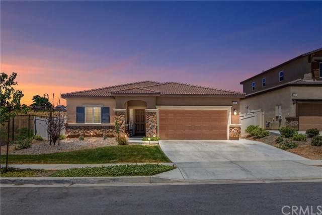 228 Colonial Drive, Calimesa, CA 92320 (#EV20149026) :: A|G Amaya Group Real Estate