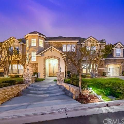 7300 Chateau Ridge Lane, Riverside, CA 92506 (#IV20150883) :: The DeBonis Team