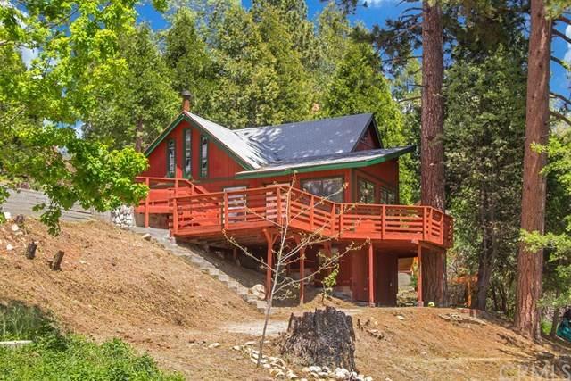 15 Ponderosa Pike, Running Springs, CA 92382 (#EV20151189) :: Allison James Estates and Homes