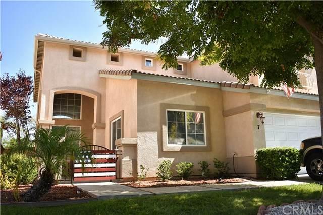 7 Villa Roma, Lake Elsinore, CA 92532 (#SW20151761) :: The Laffins Real Estate Team
