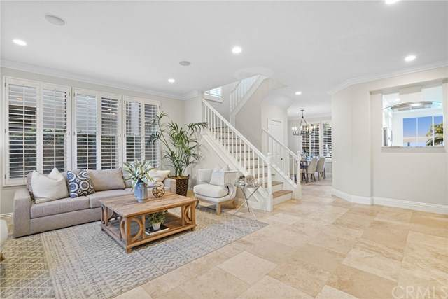 39 Clermont, Newport Coast, CA 92657 (#OC20151543) :: Sperry Residential Group