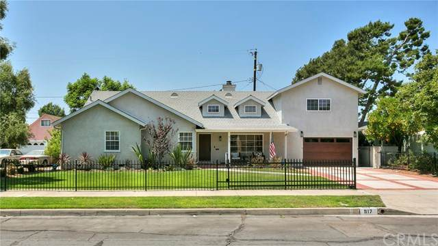 917 N Clybourn Avenue, Burbank, CA 91505 (#BB20151102) :: RE/MAX Empire Properties
