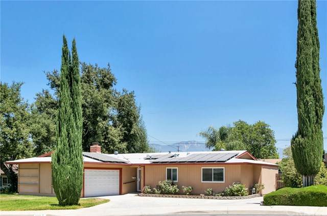423 Sherwood Street, Redlands, CA 92373 (#IG20152249) :: Mark Nazzal Real Estate Group