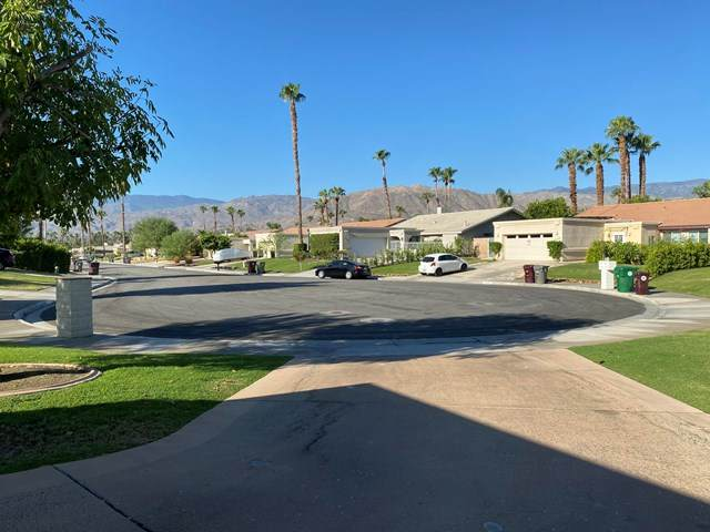 40669 Meadow Lane, Palm Desert, CA 92260 (#219046886DA) :: The Miller Group