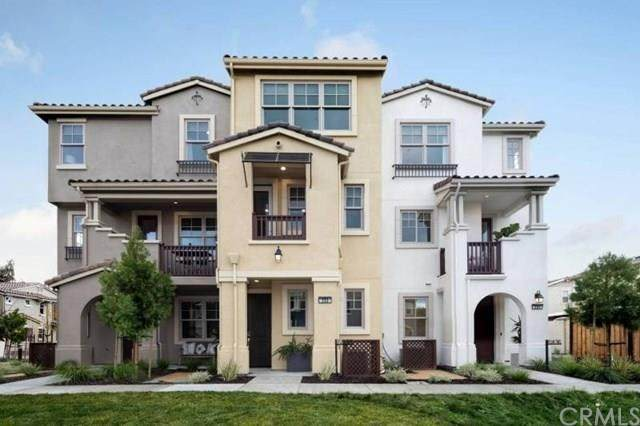 273 Fairchild Drive, Mountain View, CA 94043 (#ML81803542) :: The Najar Group
