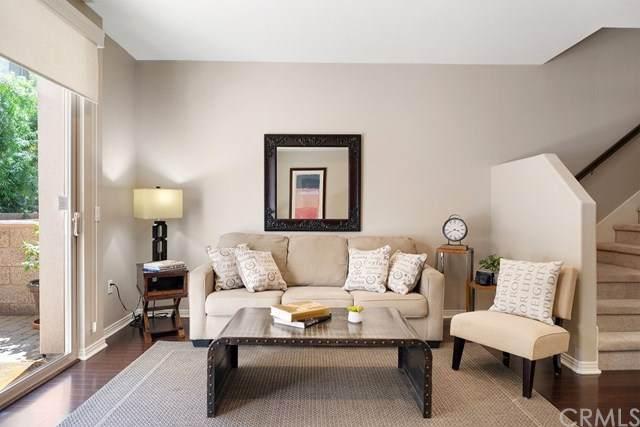 931 E Walnut Street #211, Pasadena, CA 91106 (#TR20152636) :: The Brad Korb Real Estate Group