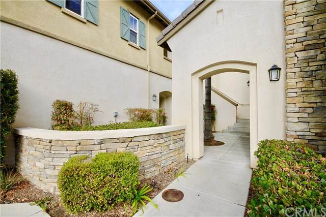 26426 Arboretum Way #804, Murrieta, CA 92563 (#IV20153634) :: EXIT Alliance Realty