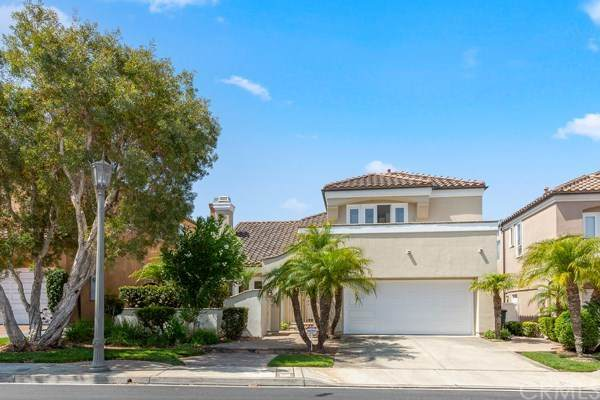 6266 Morningside Drive, Huntington Beach, CA 92648 (#NP20153497) :: Team Tami