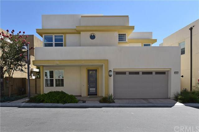134 Newall, Irvine, CA 92618 (#OC20153348) :: Sperry Residential Group