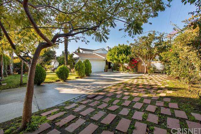 12415 Lucile Street, Los Angeles (City), CA 90066 (#SR20153956) :: Compass