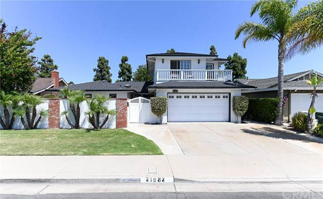21082 Barbados Circle, Huntington Beach, CA 92646 (#OC20153891) :: Team Tami