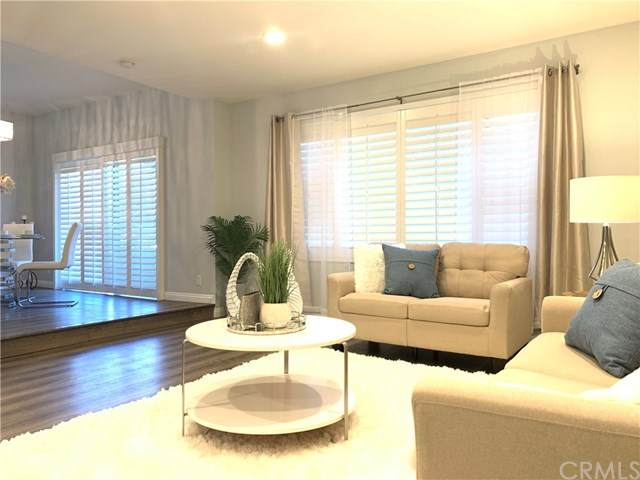 221 S Gale Drive #108, Beverly Hills, CA 90211 (#TR20153983) :: Compass