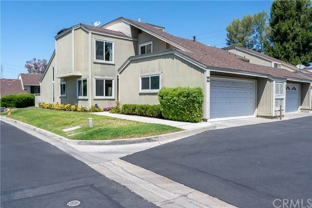 17 Sparrow Hill Lane, Laguna Hills, CA 92653 (#OC20153608) :: Sperry Residential Group