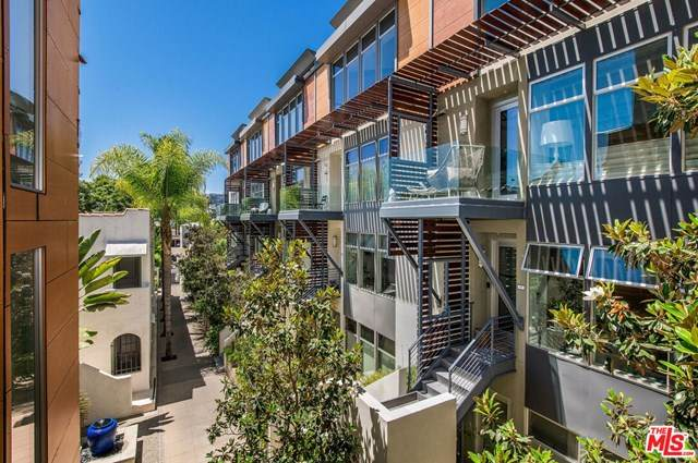 1250 N Harper Avenue #412, West Hollywood, CA 90046 (#20610470) :: Sperry Residential Group