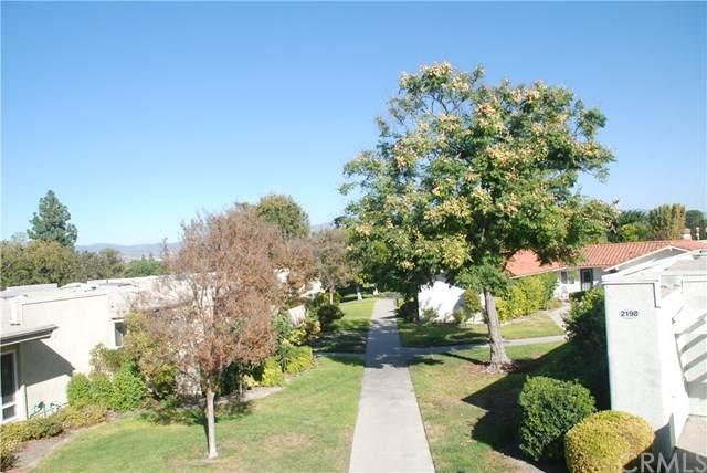 2199 Via Mariposa E P, Laguna Woods, CA 92637 (MLS #OC20154394) :: Desert Area Homes For Sale