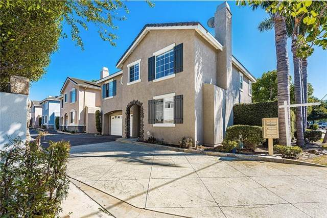 2676 Orange Avenue A, Costa Mesa, CA 92627 (#PW20154313) :: Twiss Realty