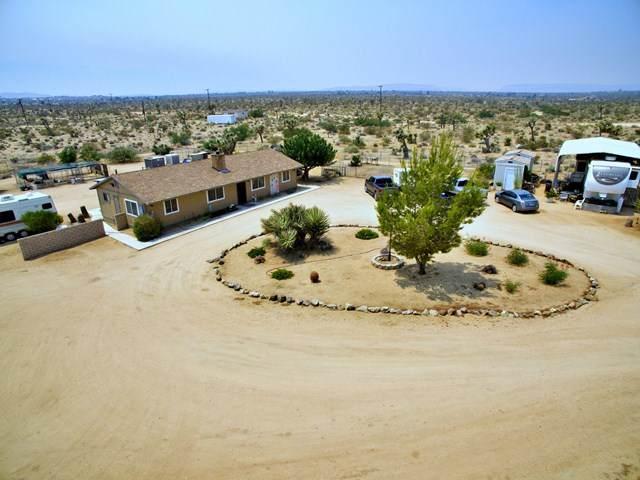 59377 Belfair Drive, Yucca Valley, CA 92284 (#219047081DA) :: Mark Nazzal Real Estate Group