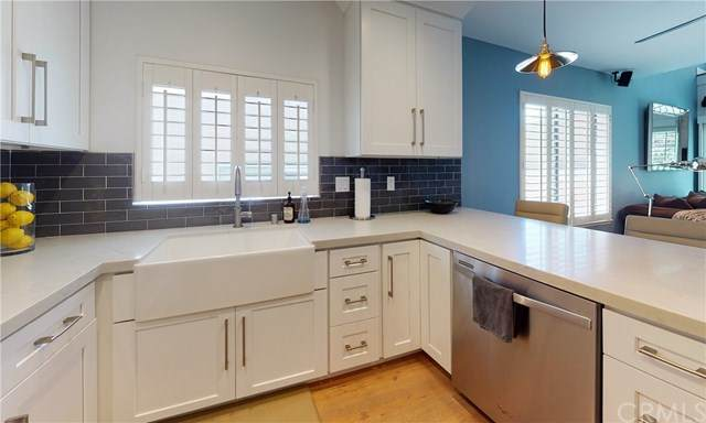 10926 Bluffside Drive #29, Studio City, CA 91604 (#BB20155344) :: Sperry Residential Group