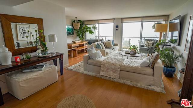 201 Ocean Avenue 608P, Santa Monica, CA 90402 (#20607930) :: Sperry Residential Group