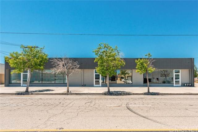 45031 Yucca Avenue, Lancaster, CA 93534 (#SR20155711) :: Cal American Realty