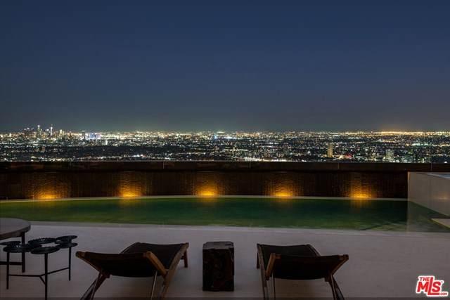 1561 Blue Jay Way, Los Angeles (City), CA 90069 (#20613190) :: Z Team OC Real Estate