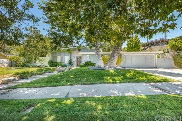 4338 Manson Avenue, Woodland Hills, CA 91364 (#SR20155642) :: The DeBonis Team