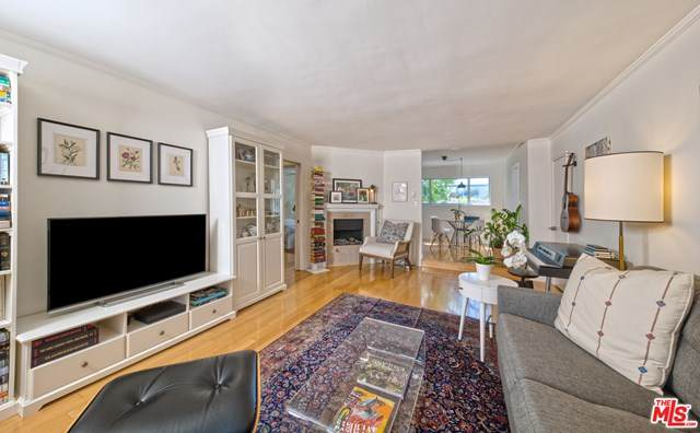 832 Euclid Street #108, Santa Monica, CA 90403 (#20613288) :: Sperry Residential Group