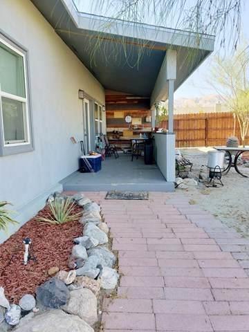 22205 Hot Springs Road, Desert Hot Springs, CA 92241 (#219047124DA) :: Team Tami