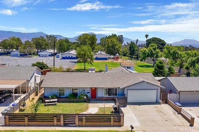 1719 N Vista Avenue, Rialto, CA 92376 (#OC20155744) :: Compass
